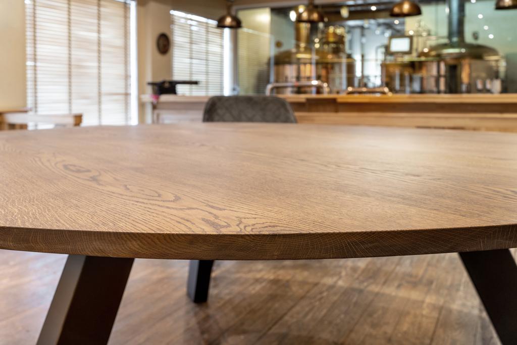 fertige Holztischplatten